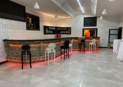 22 Hotel és Rendezvényközpont bárpult