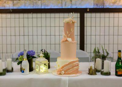 Hotel 22 és Rendezvényközpont esküvői torta
